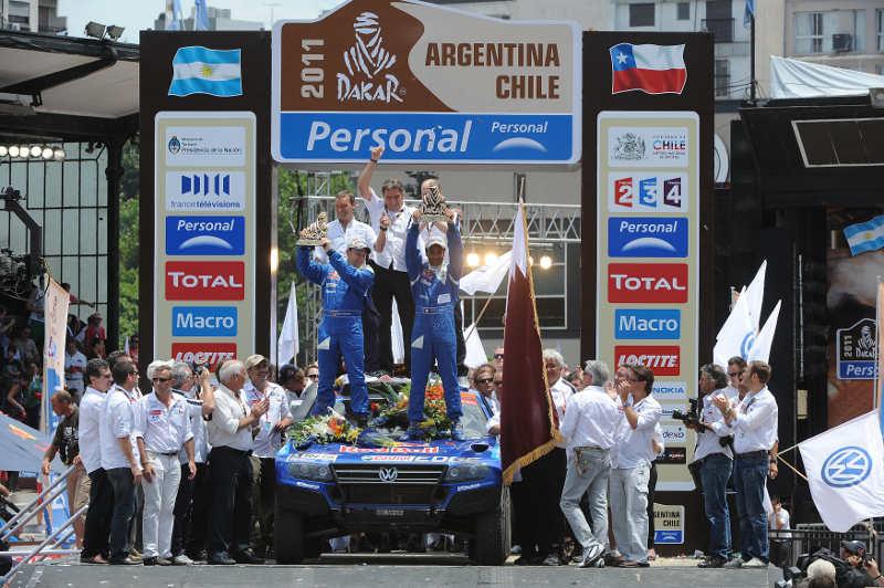 DAKAR ARGENTINA CHILE 2011 - PODIUM ARRIVEE / PODIUM FINISH : BUENOS AIRES (ARG) - 16/01/01 - PHOTO : ERIC VARGIOLU / DPPI